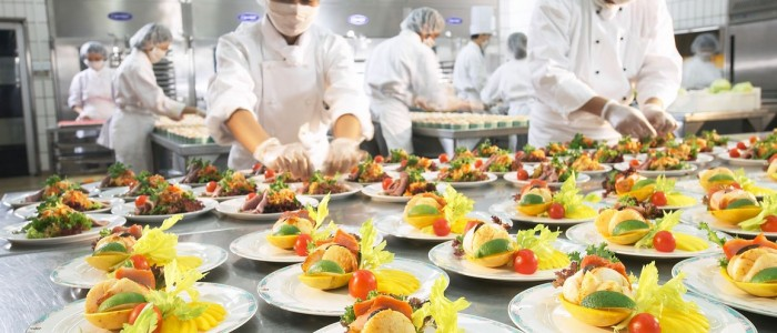 3 Tips to Have Enough Food at Your Event